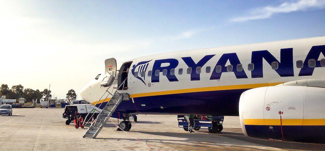 Ryanair reembolso vuelos cancelados coronavirus tasa