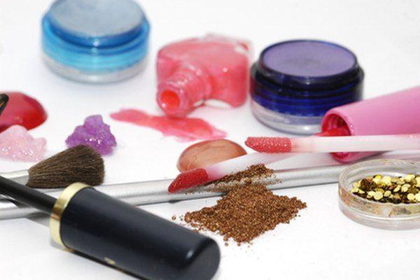 tecnico-marketing-comunicación-empresa-cosmeticos-leon