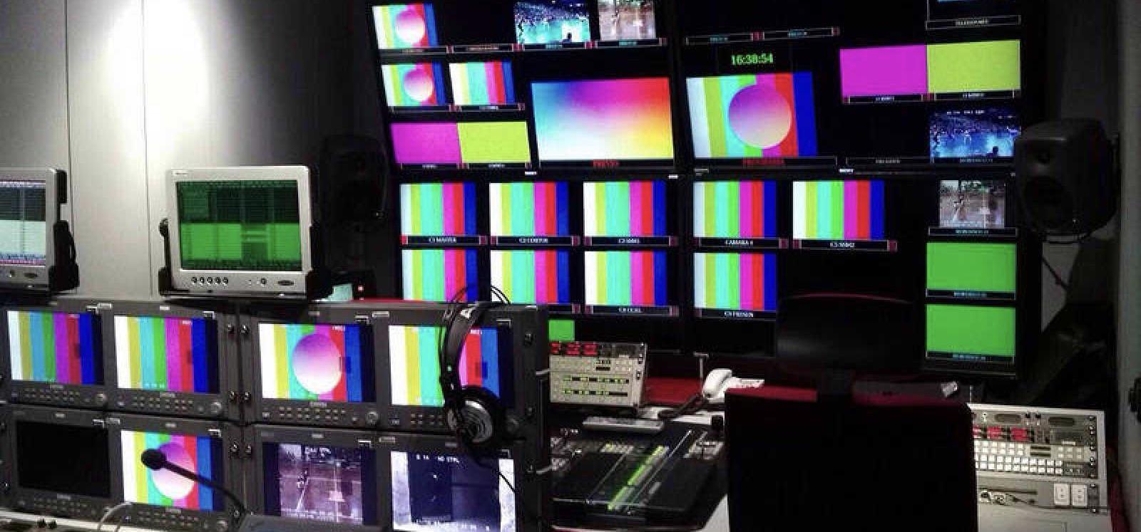 El informe del Consejo Audiovisual sobre pluralismo informativo ha contado con el voto particular de tres (¿cuatro?) consejer@s. Aquí la antítesis particular.