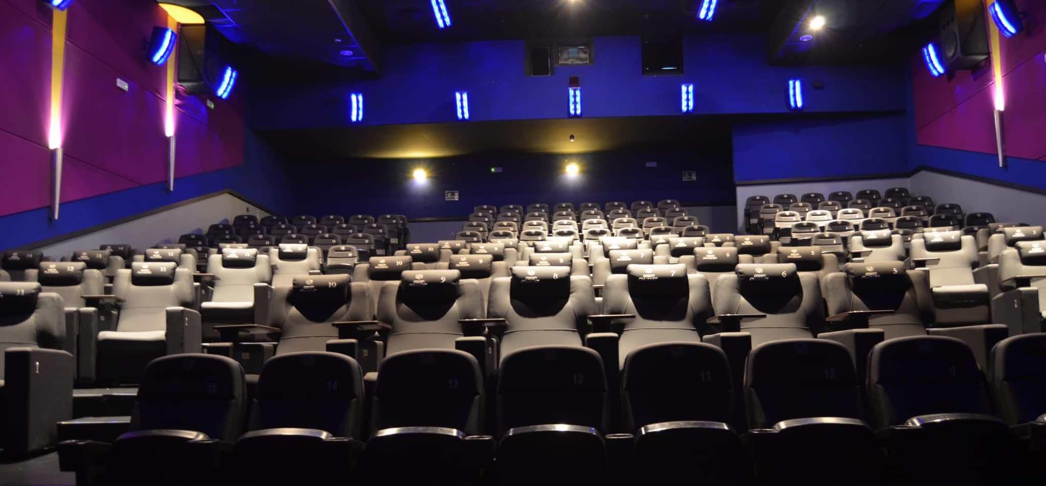 Andalucía-estrena-la-primera-sala-de-cine-con-tecnología-LED-en-Sevilla