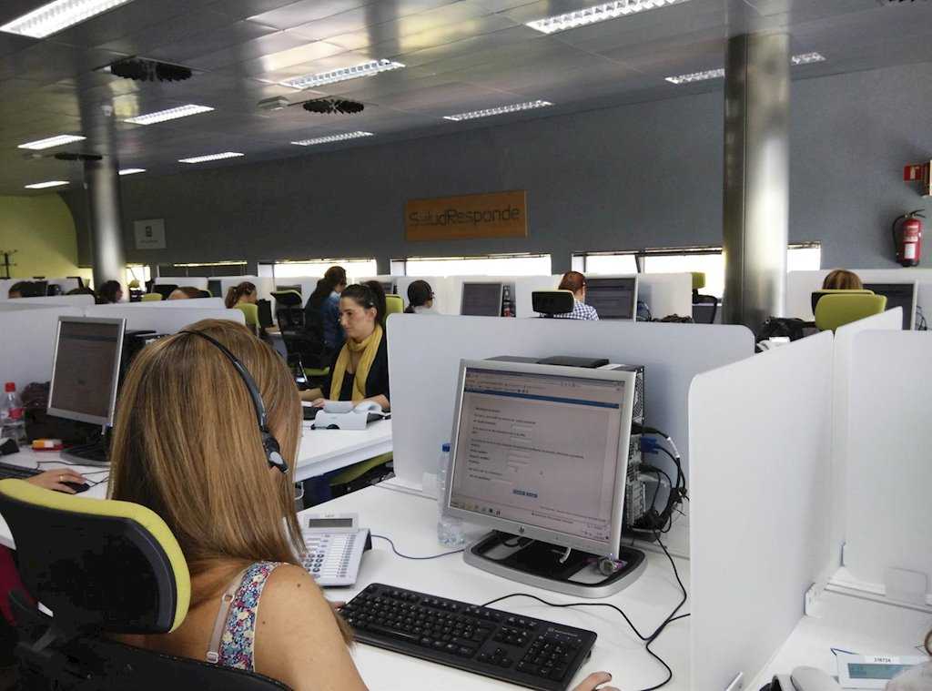 Salud Responde casi ha cuadriplicado las respuestas que habitualmente atendía en un día. Han llegado a atender 1.919.719 llamadas, prácticamente dos millones.