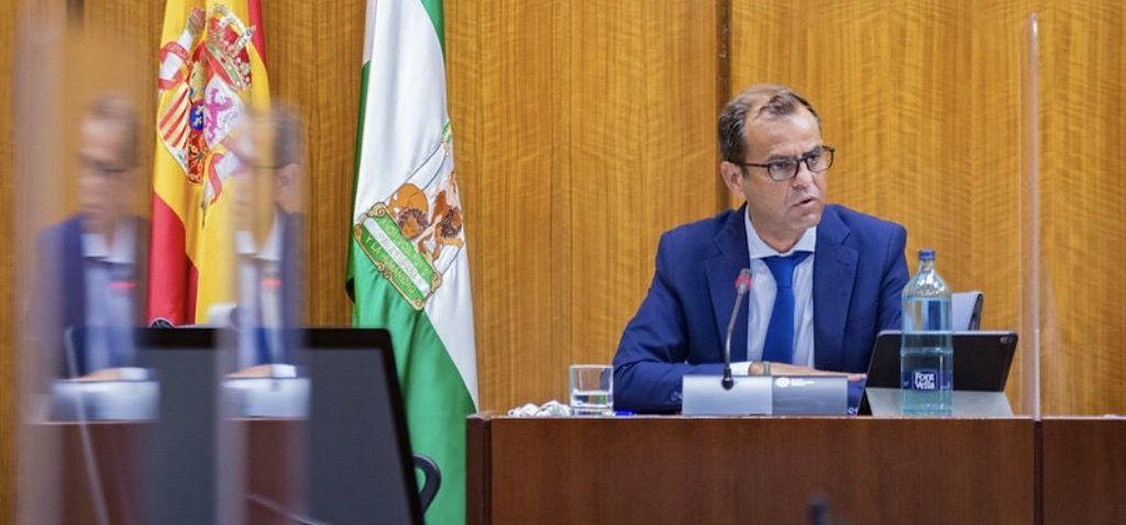 Juande Mellado ha comparecido en el Parlamento de Andalucía para ofrecer su balance del primero año al frente de Canal Sur. Te lo resumimos en diez claves.