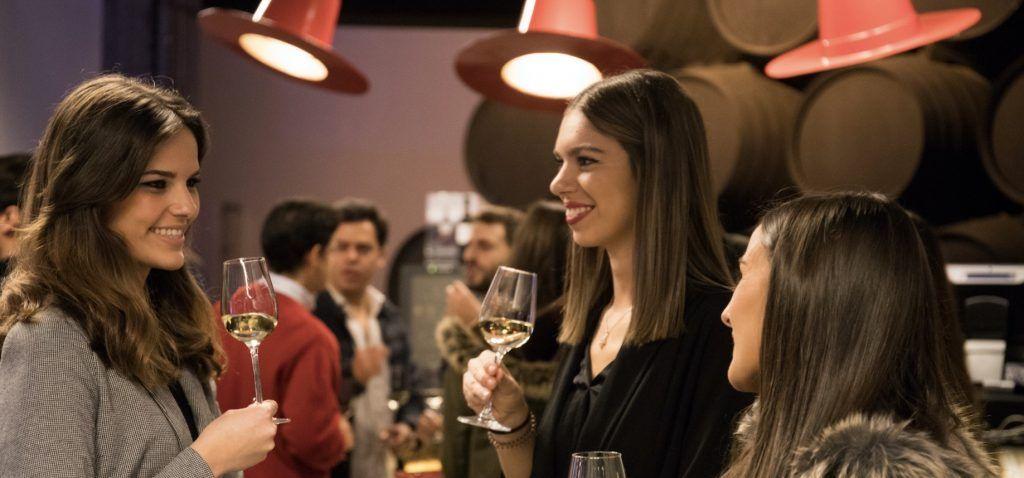 González Byass adapta al mundo digital el Sherrymaster by Tío Pepe creando la primera plataforma de e-learning sobre los vinos de Jerez.