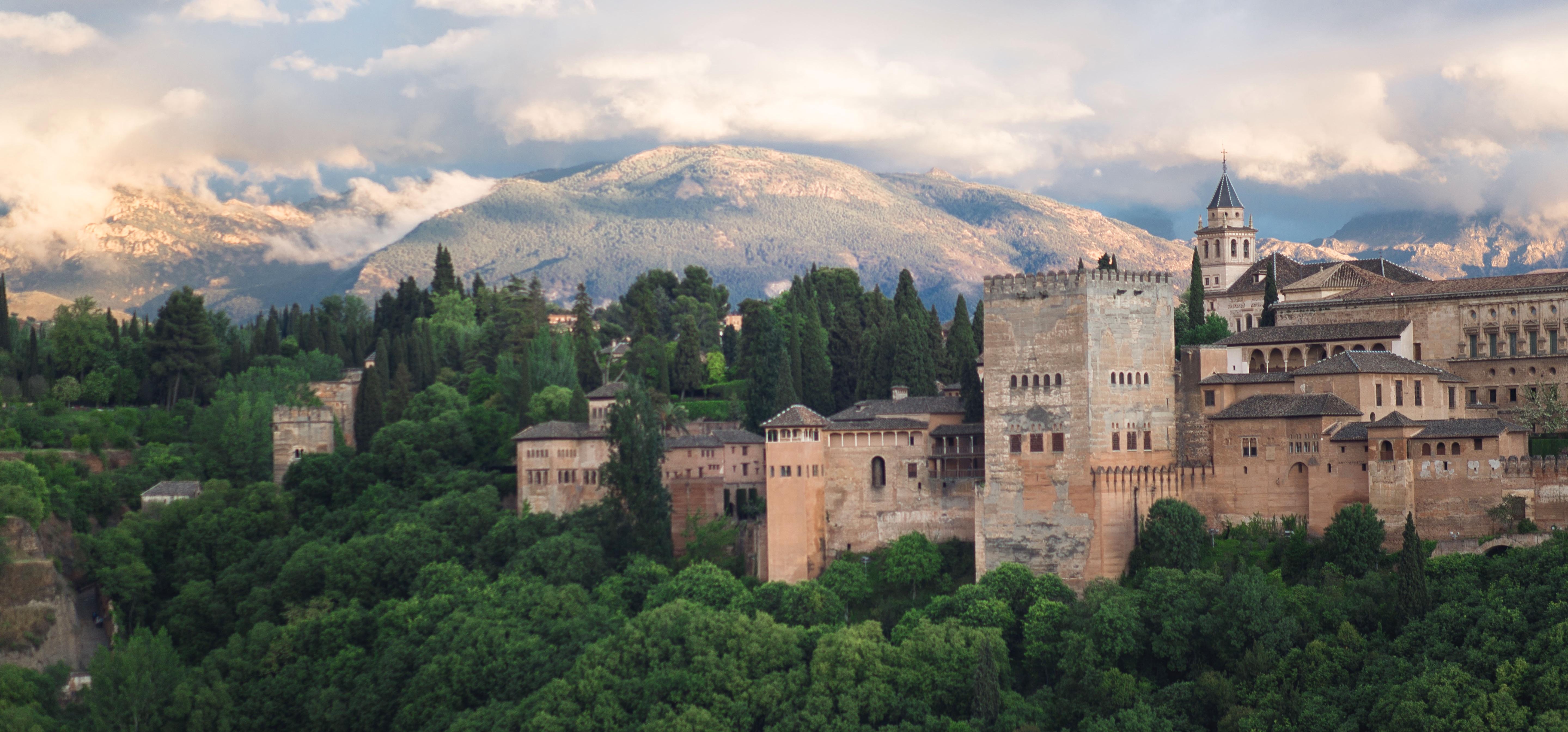 """Turismo Andaluz ha licitado la creatividad y producción de la nueva campaña de publicidad del destino Andalucía. Sustituirá al """"Intensamente""""."""