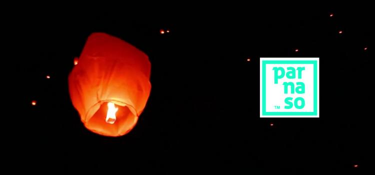 """Parnaso Comunicación despide el año con los """"Khoom Fay"""", conocidos popularmente como globos de los deseos. Con esperanza de que el presente mejore en 2021."""
