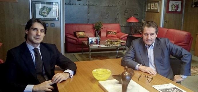 El director de Parnaso, José Arribas, recuerda al recientemente fallecido Miguel Ángel Sánchez Revilla, presidente ejecutivo y fundador de INFOADEX.