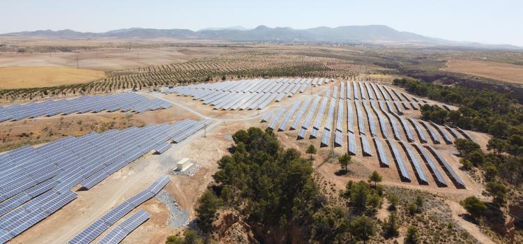 Las plantas convertirán a Cádiz en una de las provincias pioneras en la producción del denominado hidrógeno verde. Ansasol genera hasta 200 empleos.