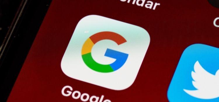 Un 75 % de los departamentos de recursos humanos buscan el Google a los candidatos a una plaza vacantes, según un estudio de S&You.